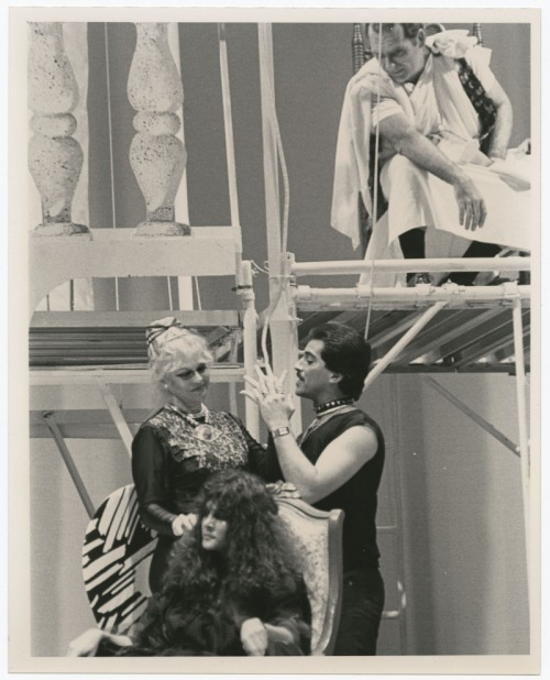 Teresa María Rojas (Clitemnestra Plá), Gerardo Barrios (Egisto Don), Marilyn Romero (Electra Garrigó), and José Zubero (Agamenón Garrigó), in Electra Garrigó. Copyright: The Cuban Theater Digital Archive.